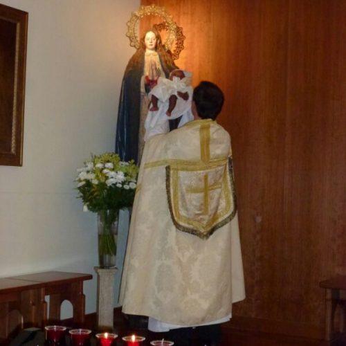 Evento - consagración de un bebé a la Virgen