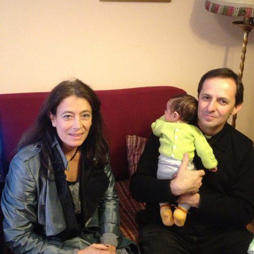 El presidente y la vicepresidenta con uno de los primeros bebes nacidos en el hogar